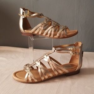 Clark's gladiator gold leather sandals size 10
